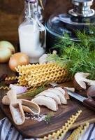 ingrediënten voor porcini pasta foto