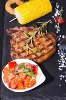 gegrilde steak foto