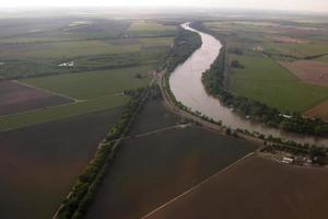 luchtfoto van sacramento landbouwgrond. foto
