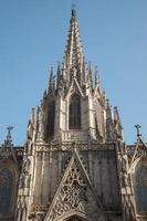 detail van de gotische kathedraal van barcelona foto