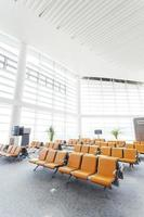 moderne luchthaven wachthal interieur