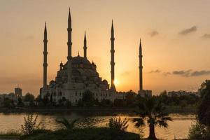 adana sabanci-moskee foto