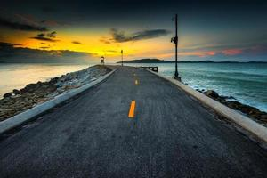 ochtend landschapsmening met zee. foto