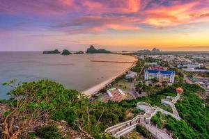 landschapsgezichtspunt bij khao chong krachok foto