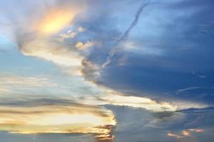 wolk in de lucht voor de achtergrond. foto