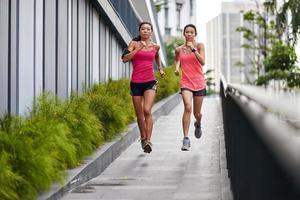 fitness vrouw uitgevoerd foto