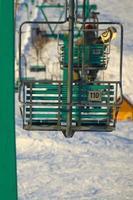 stoeltjeslift van skigebied foto