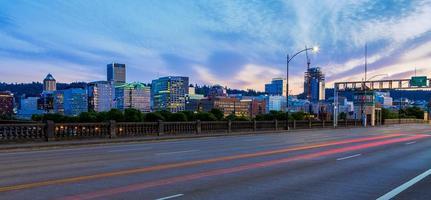 Portland, Oregon vanaf de Burnside Bridge foto