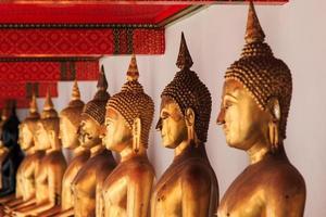 het standbeeld van Boedha in Bangkok, Thailand foto
