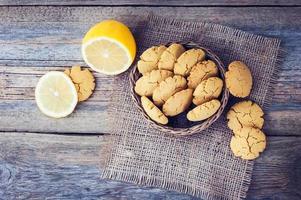 zelfgemaakte citroenkoekjes foto