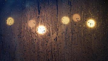 regenachtige bokeh foto