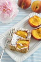 duitse amandel perzik taart foto