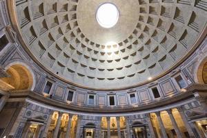 pantheon in rome foto