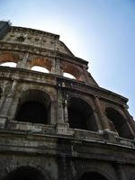 het colosseum, rome italië foto