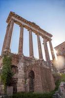 beroemde Romeinse ruïnes in Rome, de hoofdstad van Italië foto