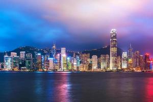 skyline van hong kong's nachts foto