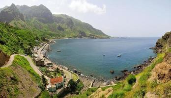 fajan d'agua dorp aan zee foto