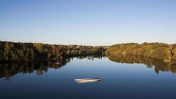 kanoën op het meer foto