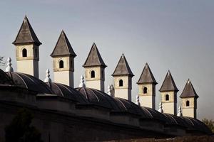 architectuur: detail van de Ottomaanse architectuur in de buurt van de sultnahmet-moskee foto