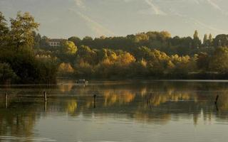 autunno sul lago foto