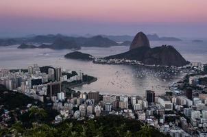 Rio de Janeiro, Suikerbroodberg bij zonsondergang foto