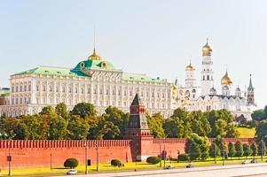 uitzicht op het grand kremlin paleis foto