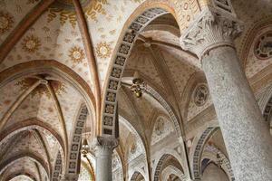 milaan - binnen van de kerk santa maria delle grazie foto