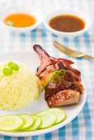 geroosterde eendenrijst, populair Aziatisch eten in singapore foto