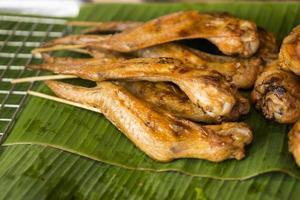 Thaise gebakken kip foto