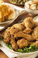 zelfgemaakte zuidelijke gebakken kip foto