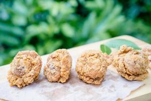 gebakken kippenpoot foto