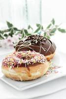 twee donuts foto