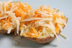 gepofte aardappel & kaas foto