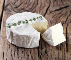 camembert kaas. foto