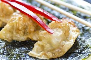 gebakken Chinese dumplings foto