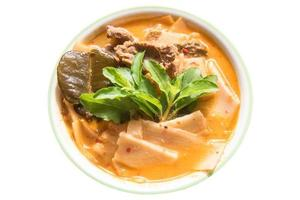 rode curry beef met bamboescheuten