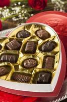 doos met chocolaatjes voor Valentijnsdag foto