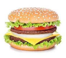 hamburger die op witte achtergrond wordt geïsoleerd