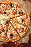 vlees pizza foto