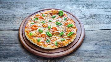 pizza margherita zelfgemaakt foto