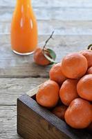 vers geperst mandarijn (clementine) sap foto