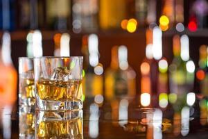 whisky met ijs foto