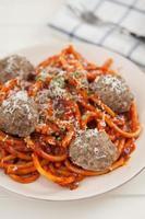 spaghetti met gehaktballen foto