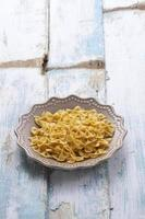 gele spaghetti foto