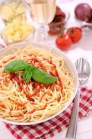 spaghetti met ketchup foto