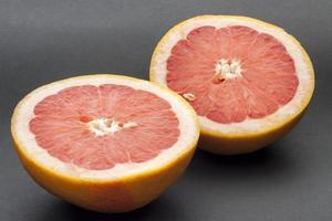 rijpe grapefruits foto