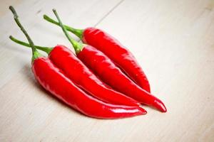 rode chilipepers foto