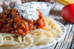 spaghetti met tomatensaus. foto