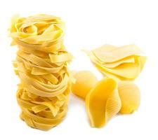 verschillende droge pasta foto