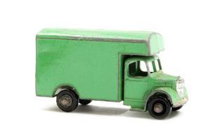 speelgoedmodel vrachtwagen foto